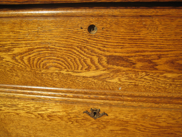 example of wood stain that you can paint over
