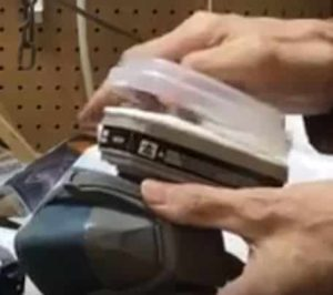 Respirator to wear when using solvents to remove paint